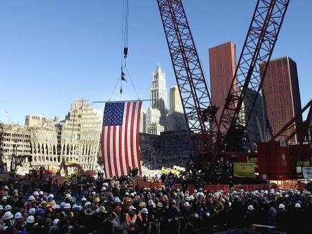 11-Septembre: l'Amérique se découvre vulnérable et chamboule l'ordre mondial