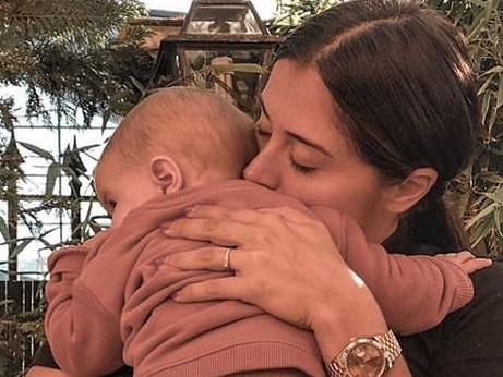 Anaïs Camizuli : Elle râle suite à une insulte sur sa fille