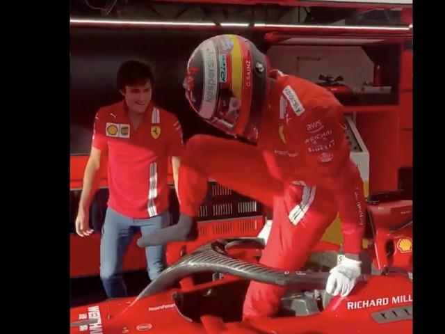 VIDEO - Même les pilotes de Ferrari se font troller par le nouveau roi d'Internet