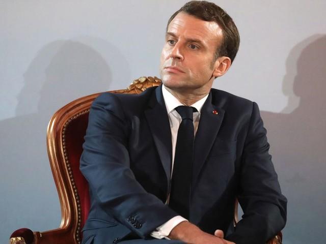 """Macron souhaite que l'Iran évite toute """"escalade militaire"""" avec les États-Unis"""