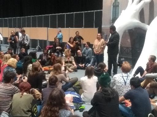 """COP25 - Face au manque d'ambition des États, des militants d'ONG tiennent une """"plénière du peuple"""""""