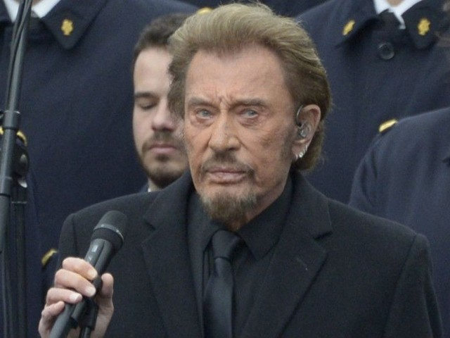 Johnny Hallyday : Taclé par un ancien candidat de la France a un incroyable talent !