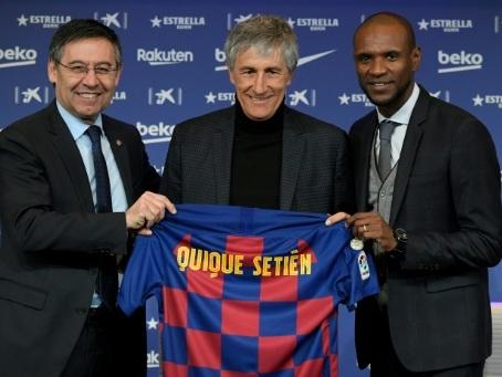"""Setién: Barcelone """"envisage"""" de recruter un attaquant"""