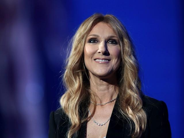 Céline Dion sans maquillage, la star illumine Paris avec sa beauté naturelle