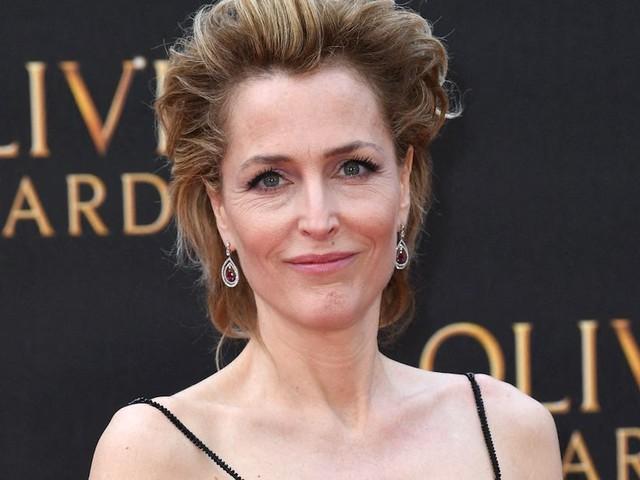 """""""The Crown"""" : Gillian Anderson rejoint officiellement le cast de la saison 4"""