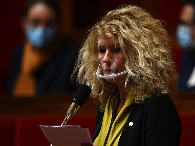 Manifestation anti-vaccins : le groupe Libertés et territoire veut le départ de la députée Martine Wonner