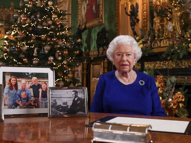 Mais au fait, on mange quoi à Noël chez la reine Elisabeth II ?