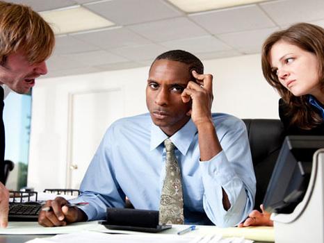 Comment gérer des collègues difficiles ?