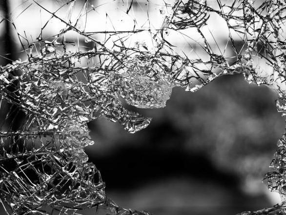 Vitres brisées d'une permanence LREM de Moselle, 3e dégradation depuis août