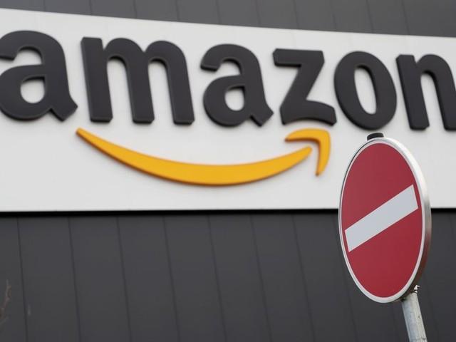 Sous pression, Amazon interdit temporairement à la police d'utiliser sa technologie de reconnaissance faciale