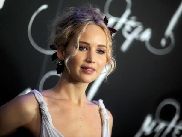 Jennifer Lawrence s'est mariée à Cooke Maroney [PHOTOS]