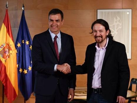 Espagne : un accord de principe pour former un gouvernement entre socialistes et Podemos