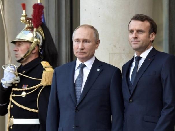 Comment la pratique du pouvoir par nos dirigeants a affaibli la France