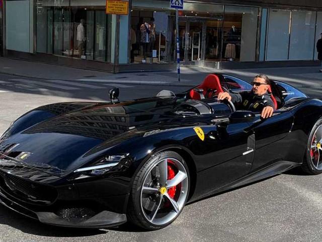 Les belles voitures de Zlatan... dont sa Ferrari Monza SP2 !