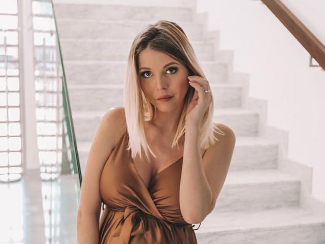 Jessica Thivenin dévoile sa silhouette post grossesse!