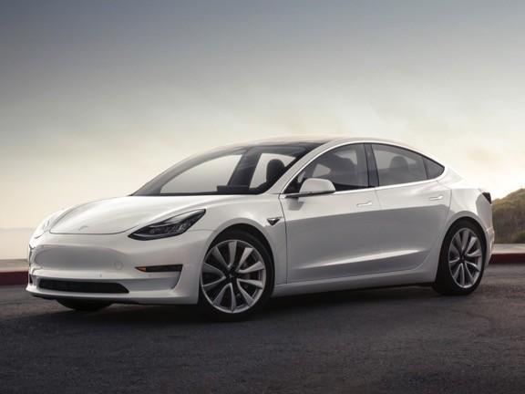 Tesla Model 3 : une mise à jour permet de la charger près de deux fois plus vite