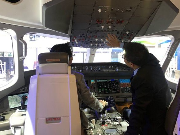 L'avion russo-chinois CR929 - ou la sécurité emballée dans le confort