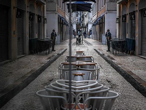 Coronavirus - Bilan MONDIAL: état d'urgence prolongé au Portugal, New York a refermé ses écoles