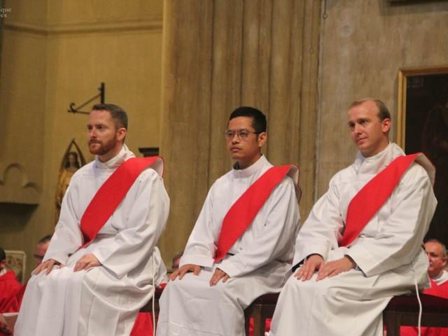 Trois nouveaux prêtres ordonnés dans le diocèse
