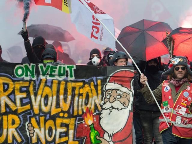 """La """"trêve de Noël"""", une bataille dans la bataille de la réforme des retraites"""