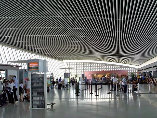 Aéroport Guadeloupe Pôle Caraïbes : le trafic décolle de 7,6 % en juin