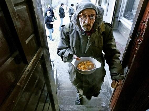 L'Allemagne se prépare à l'arrivée d'une pauvreté de masse – Par Christophe Bourdoiseau