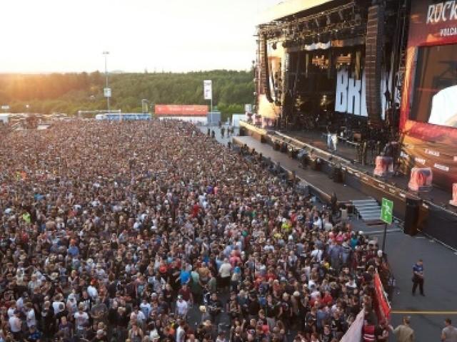 """Allemagne: le festival """"Rock am Ring"""" évacué en raison d'une """"menace terroriste"""""""