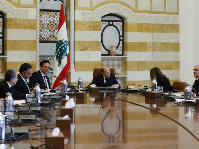 """Liban: pour Hassan Diab, le pays fait face à une """"catastrophe"""" économique"""