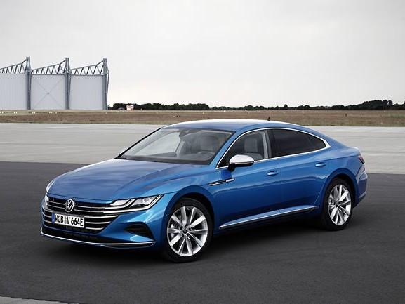 La Volkswagen Arteon adopte une motorisation hybride rechargeable