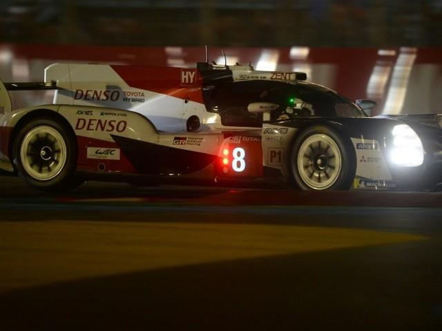 24 Heures du Mans : Toyota toujours devant au lever du soleil