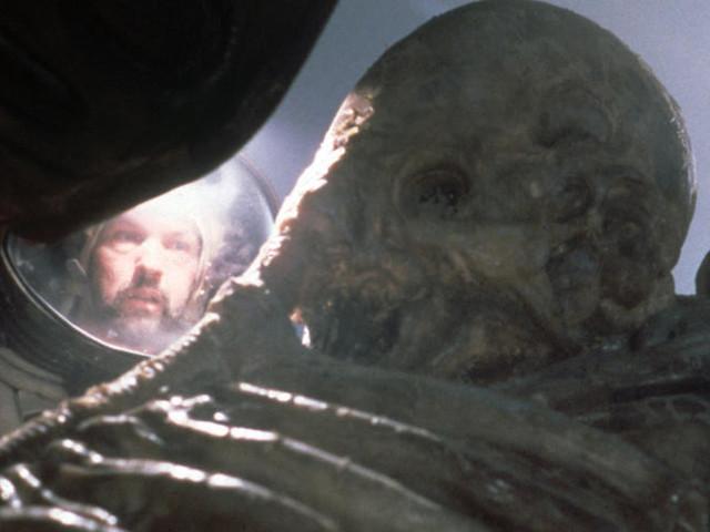 """Pour fêter ses 40 ans, """"Alien"""" se fait décortiquer par des savants"""