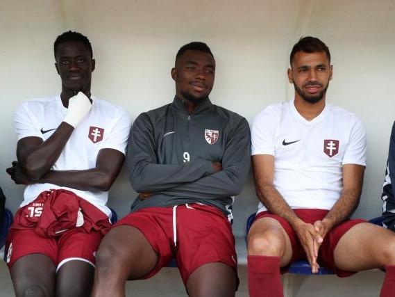 Foot - L1 - Metz - Ligue 1 : Metz en 4-2-3-1 avec Thierry Ambrose et Farid Boulaya à Lyon