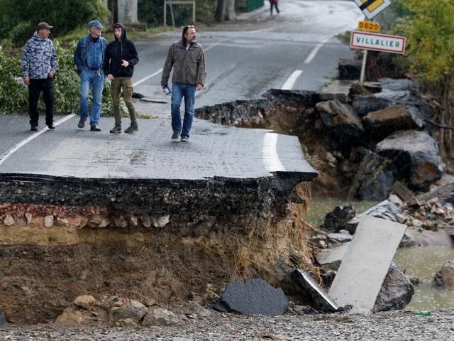 France: les dégâts des inondations dans l'Aude estimés à 200 millions d'euros