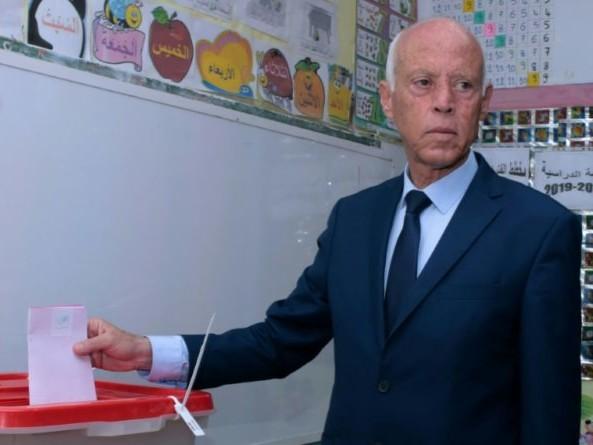Kais Saied, invité surprise de la course présidentielle en Tunisie