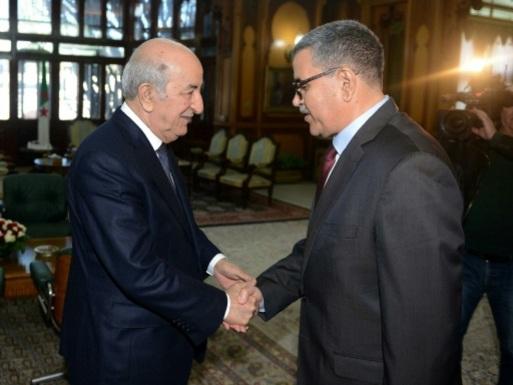 """Algérie: un universitaire Premier ministre pour tenter de regagner la """"confiance"""" du peuple"""