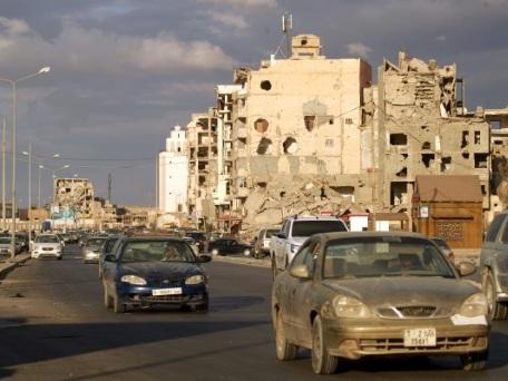 Les Libyens partagés entre espoirs et doutes après l'accord de cessez-le feu