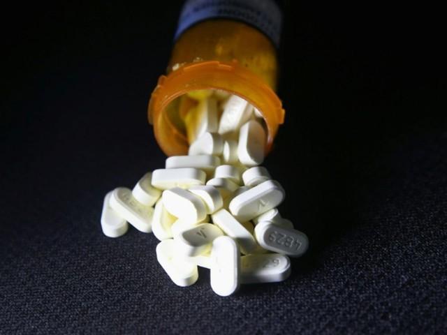 Crise des opiacés: les groupes pharmaceutiques se préparent à passer à la caisse