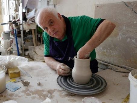 Le nouvel âge d'or de la céramique célébré à la Biennale de Vallauris