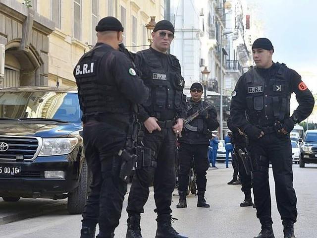 15 et 12 ans de prison pour les ex-Premiers ministres Ouyahia et Sellal