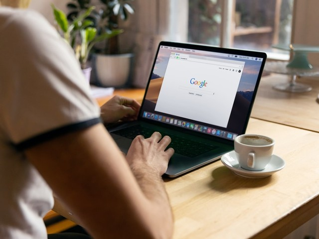 Pourquoi choisir un freelance consultant SEO plutôt qu'une agence?
