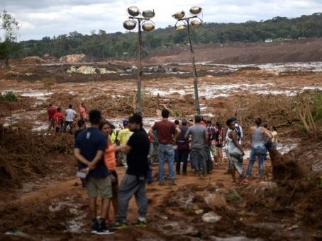Barrage au Brésil : au moins 37 morts, risque d'une nouvelle rupture