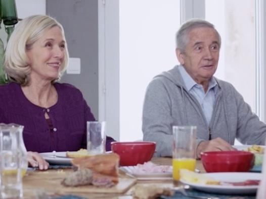 """Ce soir dans """"Demain nous appartient"""" : les parents d'Alex s'installent (résumé + vidéo DNA 19 avril)"""