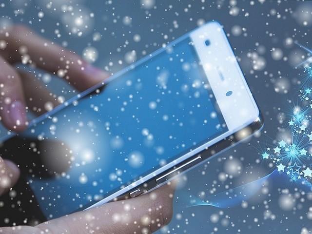 Forfait mobile pas cher : les meilleures offres à l'approche de Noël à ne pas rater !