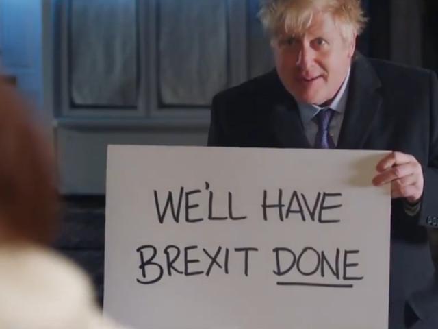 Boris Johnson parodie Love Actually pour un clip de campagne, Hugh Grant s'agace
