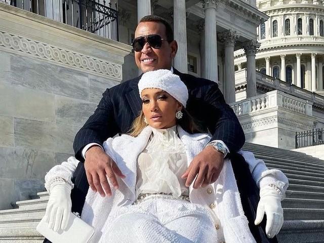 Jennifer Lopez : du Bronx à Washington, elle a chanté pour Joe Biden [Vidéo]