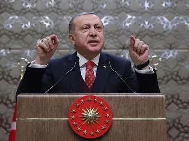 La Turquie réintègre 1.800 fonctionnaires renvoyés après le putsch manqué