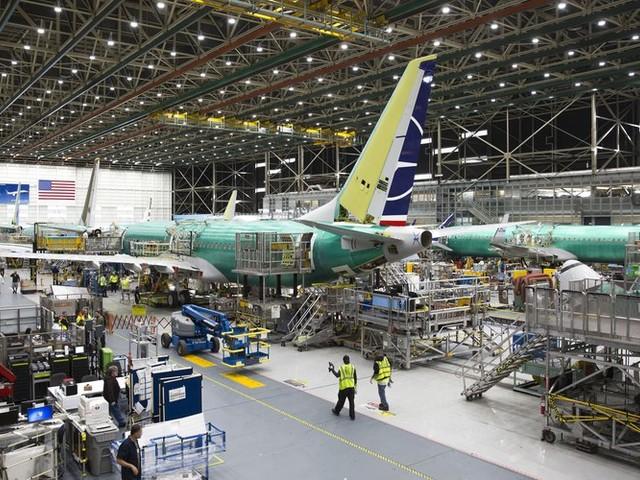 Nouveau coup dur pour Boeing: des problèmes lors des tests de son long courrier 777 X
