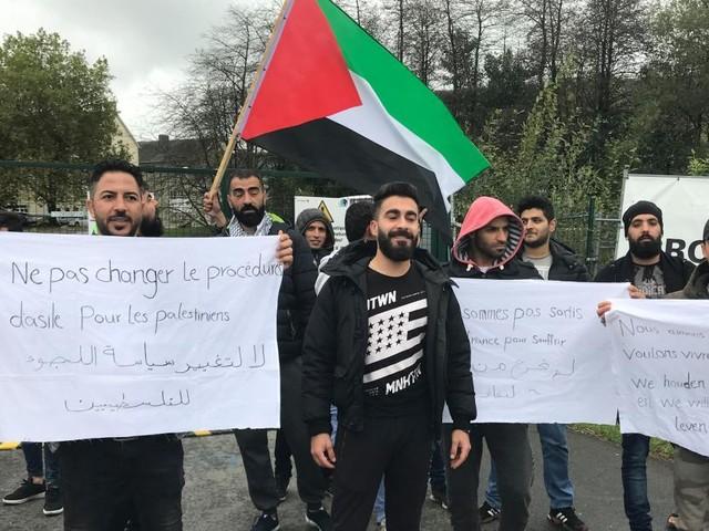 La grève de la faim au camp de réfugiés d'Arlon était en fait un mensonge: juste après leur conférence de presse, les Palestiniens sont allés manger