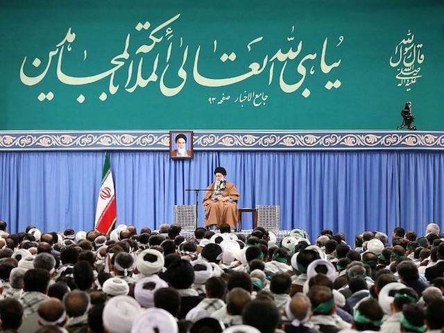 Iran : une fatwa diffusée à la télé appelle au meurtre des manifestants