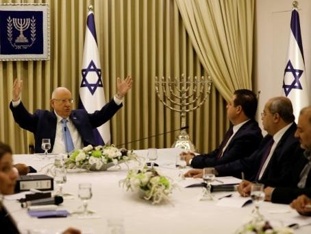 Israël: le président Rivlin, stratège politique malgré lui